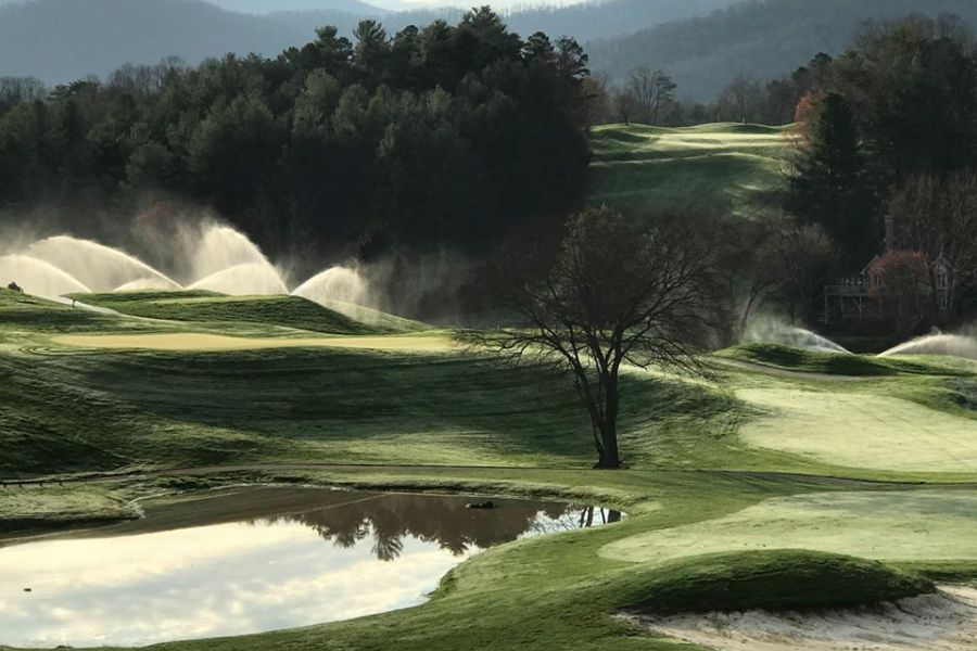 Blue Ridge Mountains Golf with a Touch of the Scottish Highlands